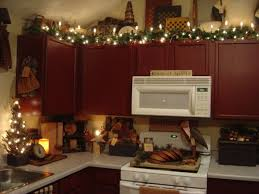 christmas decorations for kitchen cabinets christmas decorating ideas above kitchen cabinets functionalities net