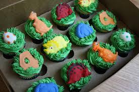 dinosaur cupcakes kake dinosaur cupcakes