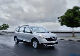 renault lodgy price gst effect renault india announces price reduction of upto inr