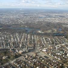 Rhode Island lakes images What kinds of landforms does rhode island have usa today jpg