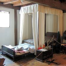 Massachusetts travel mattress images 157 best early american bedrooms images primitive jpg
