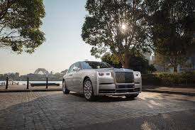 future rolls royce phantom rolling in ocean magazine