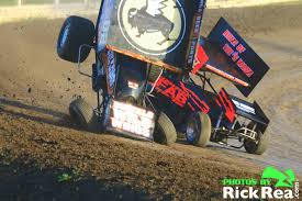 dusty zomer outlaw sprint car crash photos at the world famous
