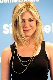 hairstyles that hit right above the shoulder jennifer aniston hairstyles celebrity hair the rachel glamour uk