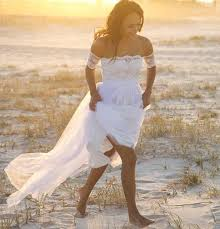 what type of wedding dress should i wear for a beach wedding are