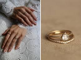 eternity ring finger metier story