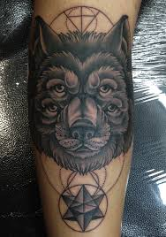 mark lonsdale tattoo sydney bondi wolf eyes dots lines geometric