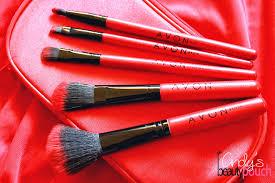 cindy u0027s beauty pouch avon 5 piece makeup brush set in a pouch