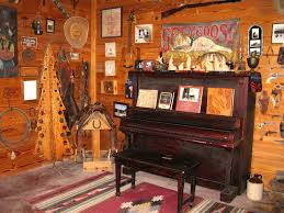 saloon piano jpg 1280 960 saloon pinterest family