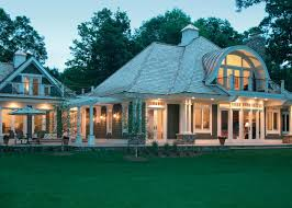 Home Design Window Style by Awesome Colonial Style House Tips To Retain Essence With A
