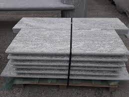 pietre per davanzali e soglie soglie e davanzali per finestre pietra extradura realizzate su misura