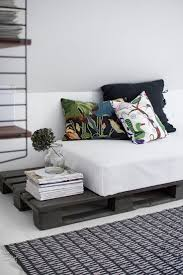 Sofa Cumbed In Low Rate Furniture Best 25 Cheap Daybeds Ideas On Pinterest Cheap Bunk Beds Cabin