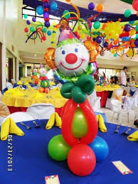 clown baloons best 25 clown balloons ideas on circus theme