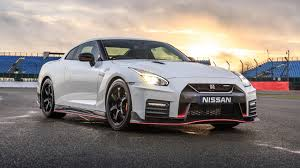 Nissan Nismo Gtr 0 60 Nissan Gt R Nismo 2017 Review By Car Magazine