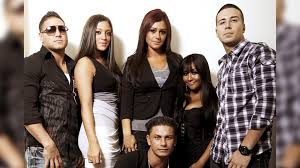The Social Cast Icymi We Review The Jersey Shore Reunion Kiss 92 5