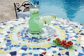 Diy Mosaic Table Diy Mosaic Patio Table Our Homes Magazine