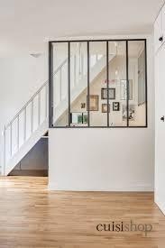 cuisine sous escalier cuisine sous escalier en u moderne escalier par