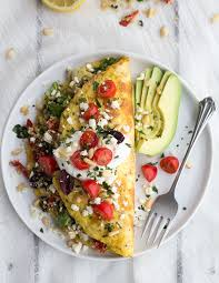 cuisine you etes quinoa dinner omelets with feta and tzatziki recipe