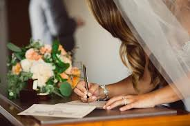 wedding signing when should you sign your marriage license