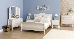 white on bedroomclassic bedroom bedrooms furniture victoria 4 piece queen bedroom suite bedroom furniture harvey