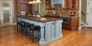 are oak kitchen cabinets still popular oak kitchen cabinets kitchen designs