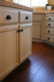 Chalk Paint On Kitchen Cabinets by Painting Oak Cabinets With Annie Sloan Chalk Paint Yes It