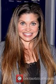 Danielle Fischel Naked - danielle fishel news and photos contactmusic com