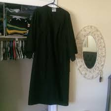 black graduation cap and gown graduation cap and gown yes i the cap cap gowns and