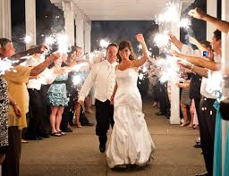how to at a wedding how to use sparklers at a wedding 3 sparkler ideas for weddings