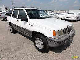 1995 jeep grand cherokee stone white 1995 jeep grand cherokee laredo 4x4 exterior photo