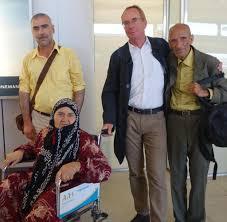 Martin Bader Flüchtlinge Verein Holt Syrer Auf Eigene Kosten Nach Deutschland