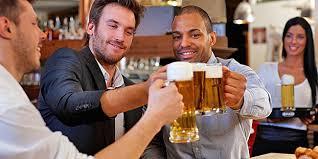 alkohol spr che wer alkohol trinkt spricht fremdsprachen besser aponet de