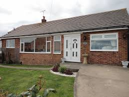 e15286 bungalow in flamborough with enclosed garden sea