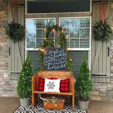 Christmas Decorations For Front Porch by 23 Front Porch Christmas Projects To Wow Your Neighbors