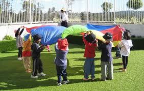 como poner imagenes que se mueven en un video actividad con paracaídas se pueden hacer multiples juegos como