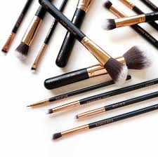 motd cosmetics lux vegan makeup brush set at km