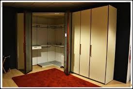 mondo convenienza armadio angolare cabina armadio angolare mondo convenienza prezzi idee di disegno