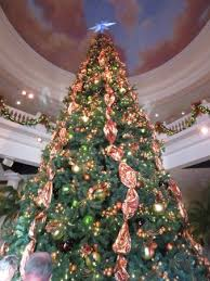 light and sound theater branson the christmas tree in the main room of the building picture of