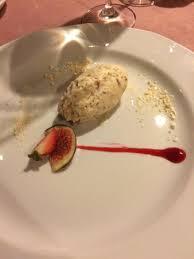 cuisine de a à z dessert nugat lodowy z orechami laskowymi picture of cyrano de bergerac