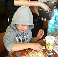 California Pizza Kitchen Riverside 4 Make Your Own Pizza Field Trips In Southern California Socal