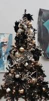 christmas decoration in black and white decoration gold