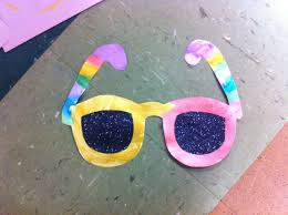 summer sunglasses craft with black glitter lenses for preschoolers