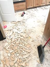 Removing Ceramic Floor Tile Removing Ceramic Tile From Concrete With How To Remove Flooring