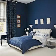 peinture chambre bleu chambre à coucher idée peinture chambre coucher bleu foncé blanc