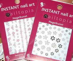beauty blog make up artist agatha kisiel nail polish art and wraps