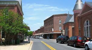 cutest towns in america 50 best small town downtowns america