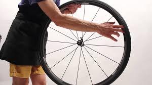 comment changer chambre à air vélo changer chambre et pneu velo