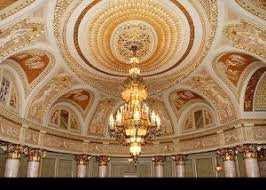 Largest Chandelier The World S Largest Chandeliers The Three Rights