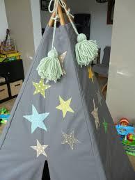 tipi pour chambre tipi des petits riens pour chambre d enfants les p gars en