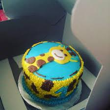 giraffe smash cake my cakes pinterest smash cakes giraffe